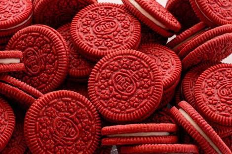 OMG!  食べてみたい。。@YoshikiChannel @YOSHIKI_mobile    #紅 #XJAPAN  RT @_math_prime「 #紅に染まったこのオレオ 」っていうために存在してる様な #オレオ あるんだ