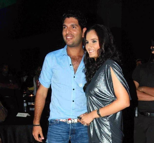 """Happy birthday mirchie mommy 🌶 @MirzaSania! Hope you have an """"ace"""" of a year ahead! Loads of love always"""
