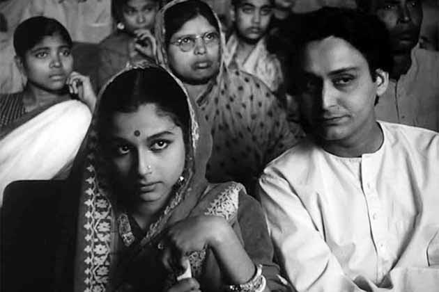 Soumitra Chatterjee Biography, Soumitra Chatterjee Age, Soumitra Chatterjee education, Soumitra Chatterjee parents, Soumitra Chatterjee father, Soumitra Chatterjee mother, Soumitra Chatterjee wiki, Soumitra Chatterjee date of birth, Soumitra Chatterjee family, Soumitra Chatterjee wife, Soumitra Chatterjee movies, Soumitra Chatterjee TV shows Soumitra Chatterjee TV serials, Soumitra Chatterjee career, Soumitra Chatterjee daughter, Soumitra Chatterjee son, Soumitra Chatterjee marriage pics, Soumitra Chatterjee awards,