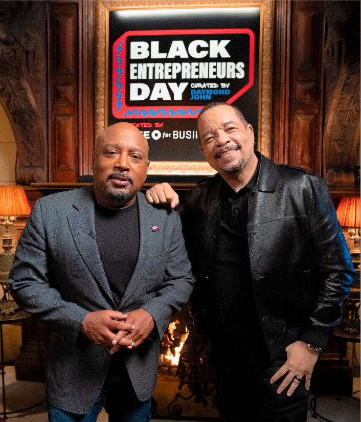2 legends coming together for 1 great cause @TheSharkDaymond @FINALLEVEL