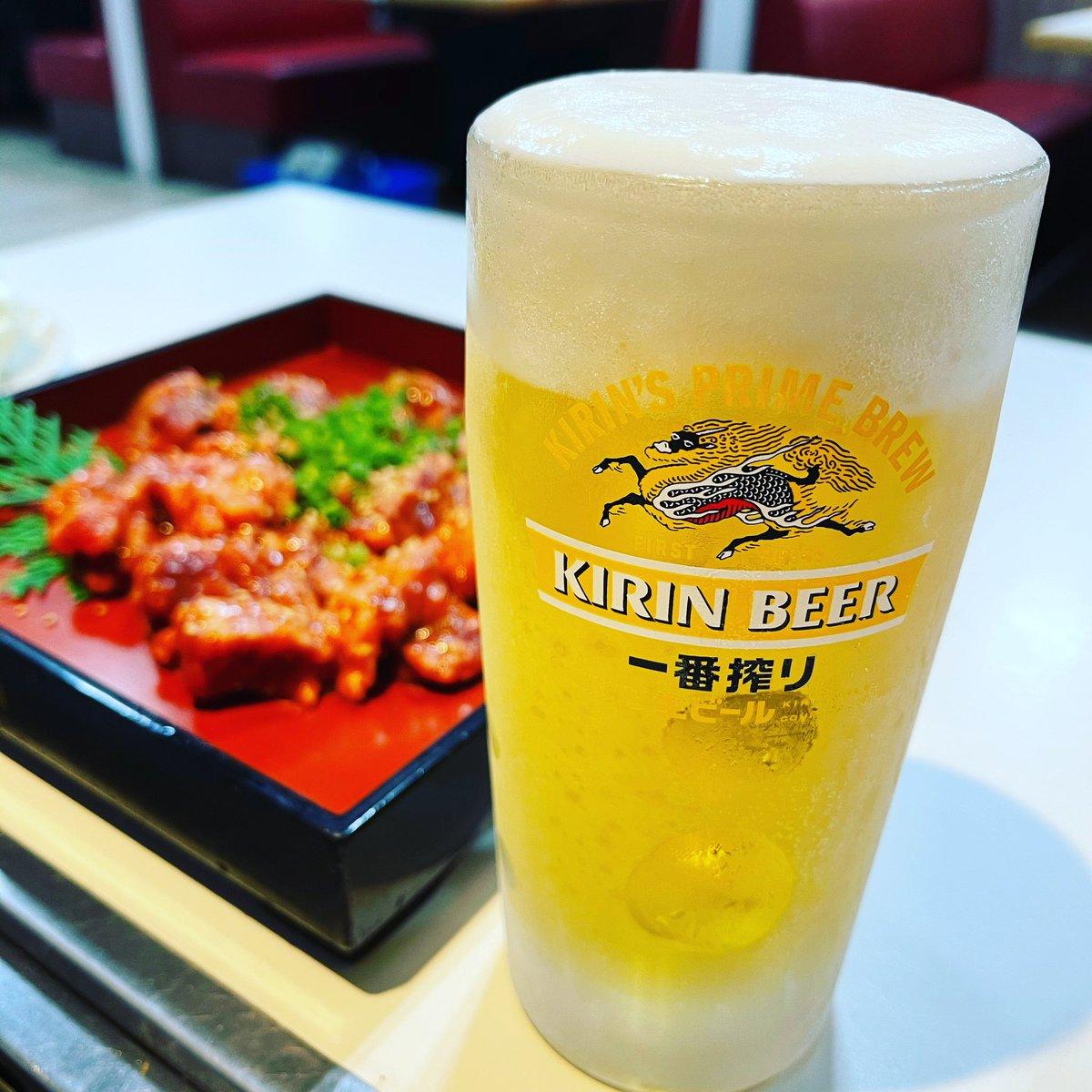 今日はビールに焼き肉‼あ〜〜〜〜〜❗❗婚活どげんしてんうまくいかん。何が、縁を感じませんでしたかよ〜なんかそんな言われると、何よ!って思うよね😄まあ、だよね〜縁がなかったとよね〜そげな縁はいらん笑。ビールでんのんで、きぶんよくなろ〜#婚活#難しい#えん#宮崎市
