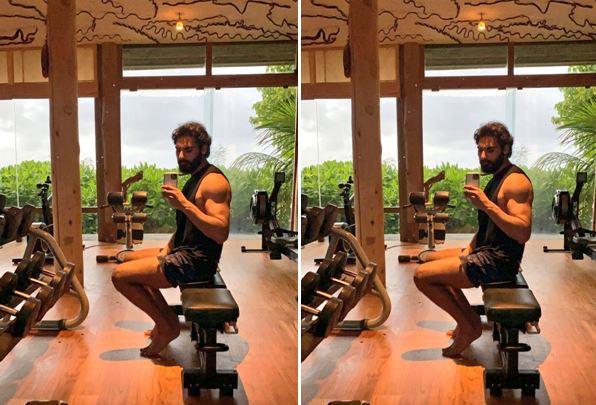 If his normal picture is sooo hoot like this... What about his on Screen Debut💪  #AhanShetty @SunielVShetty  @WardaNadiadwala @milanluthria @NGEMovies #SajidNadiadwala