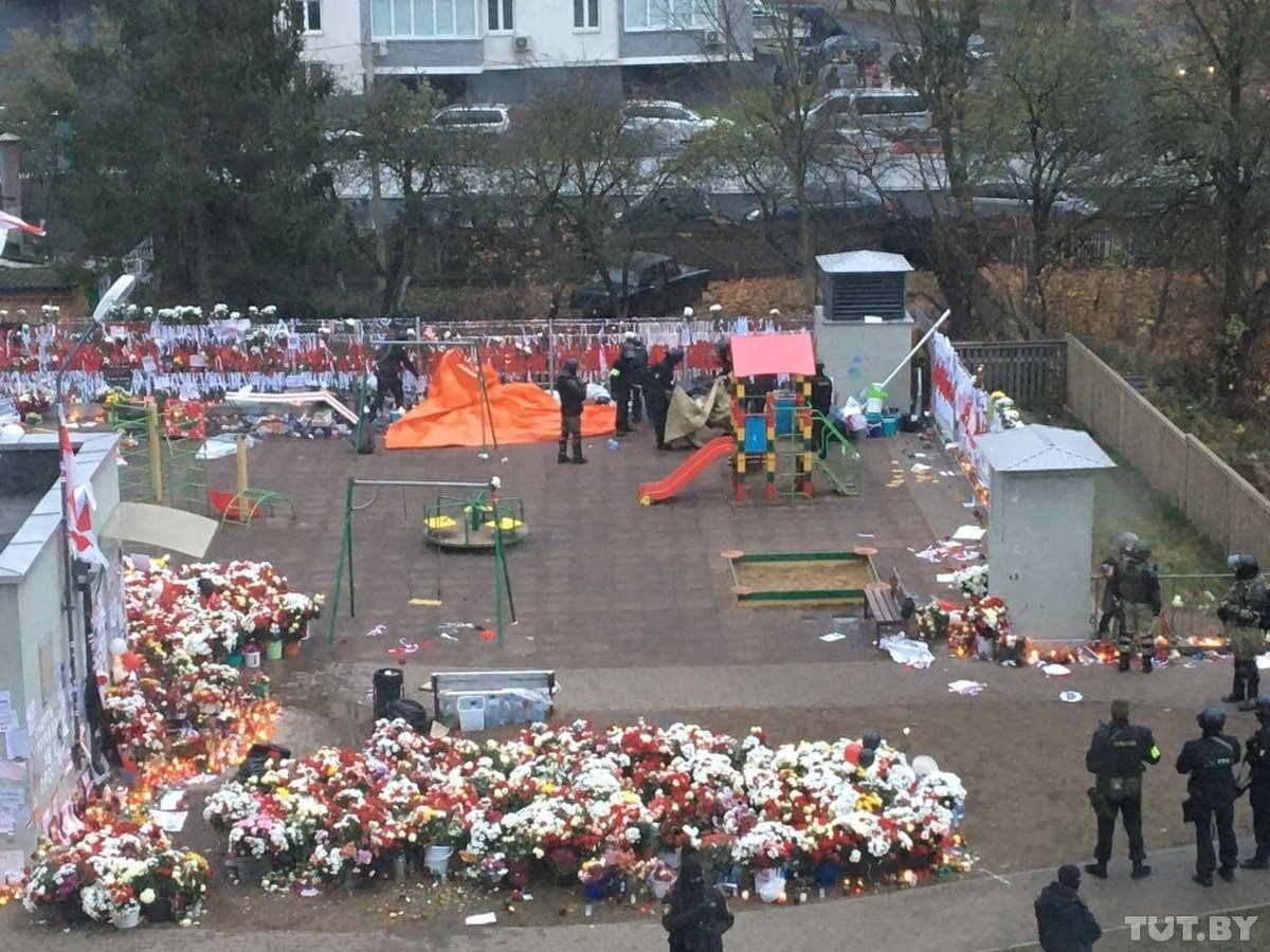 The riot police arrested everyone and now is trashing the memorial, putting flowers in garbage bins, ripping apart the tents and stomping over posters and flags. They are trying to destroy the memory of Roman but he is already in our heart, not at the memorial. #Belarus