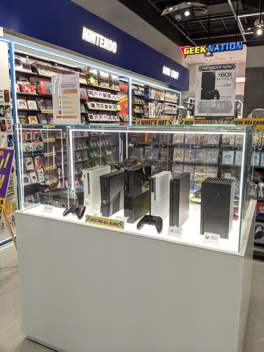 All @Xbox consoles since 2001 release displayed at our branches in Dubai @XboxGulf #Xboxseriesx https://t.co/4xsMKg3jfX