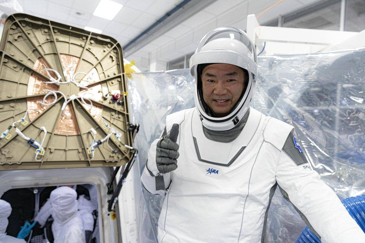 Japanese astronaut Soichi Noguchi will join NASA astronauts Wally Schirra and John Young as the only people who have launched from Earth into orbit on three types of spacecraft.  With multiple kinds of spaceships flying soon, the club will grow larger.  https://t.co/l2gdWDZzoq https://t.co/NGsG1xida6