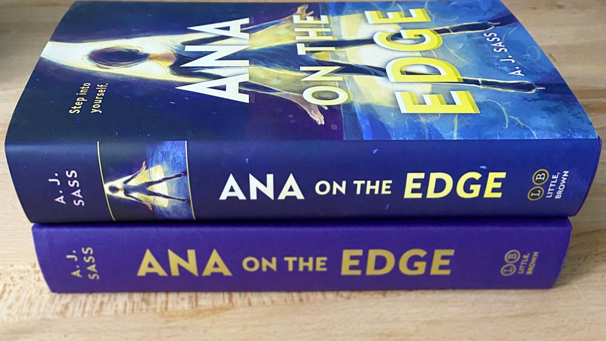 To celebrate #TransAwarenessWeek2020 and Ana on the Edge's one month anniversary on 11/20 ...  📚Giveaway!📚   Win: - 1 hardcover of AotE (signed if desired)  Rules: - Follow + RT - Rec a book by a trans author in the comments - Int'l ✅ - Ends 11/20 at 6pm PST  #TDoR2020  (1/2)