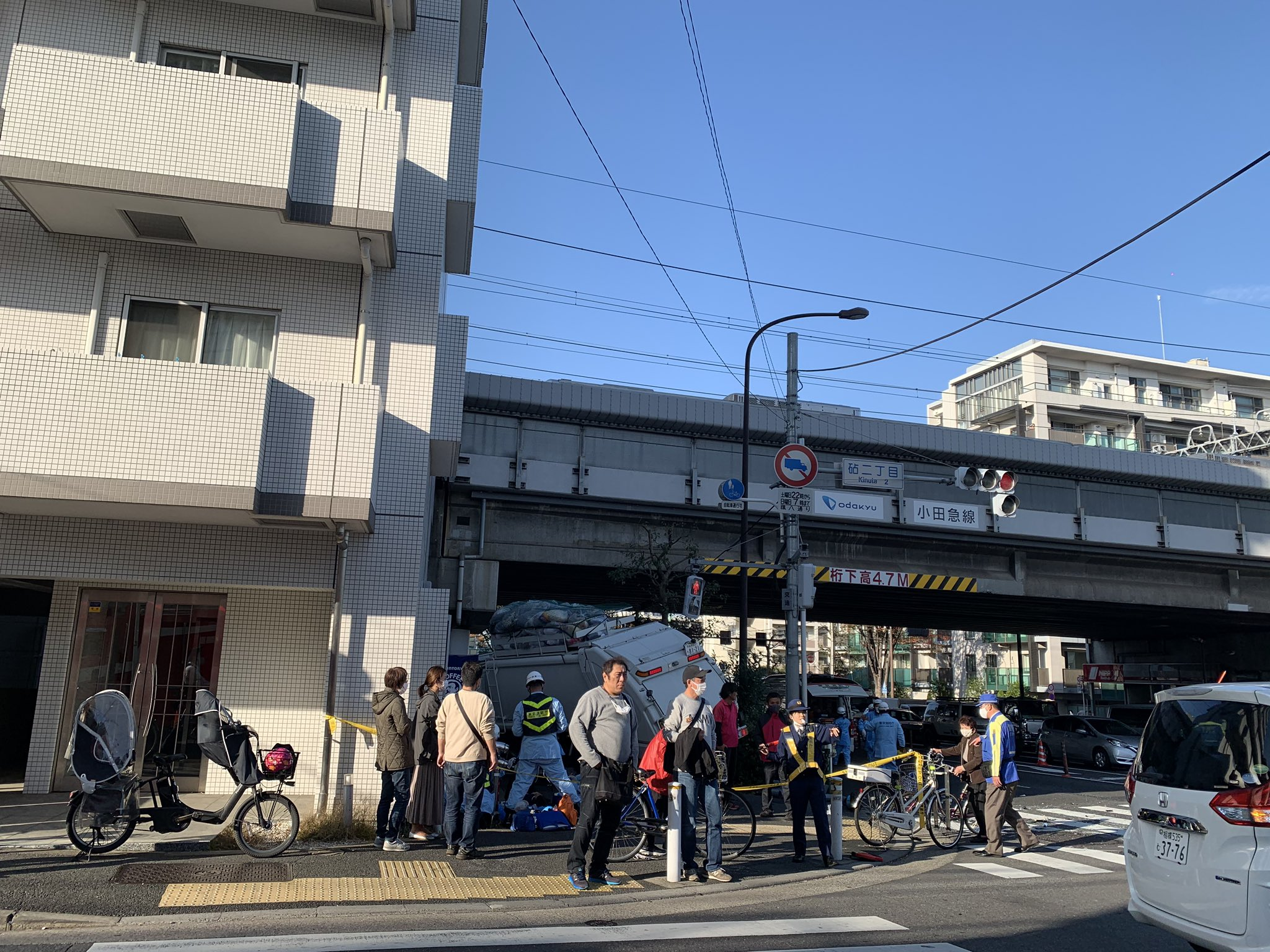 世田谷区桜丘の環八の暴走事故の現場の画像