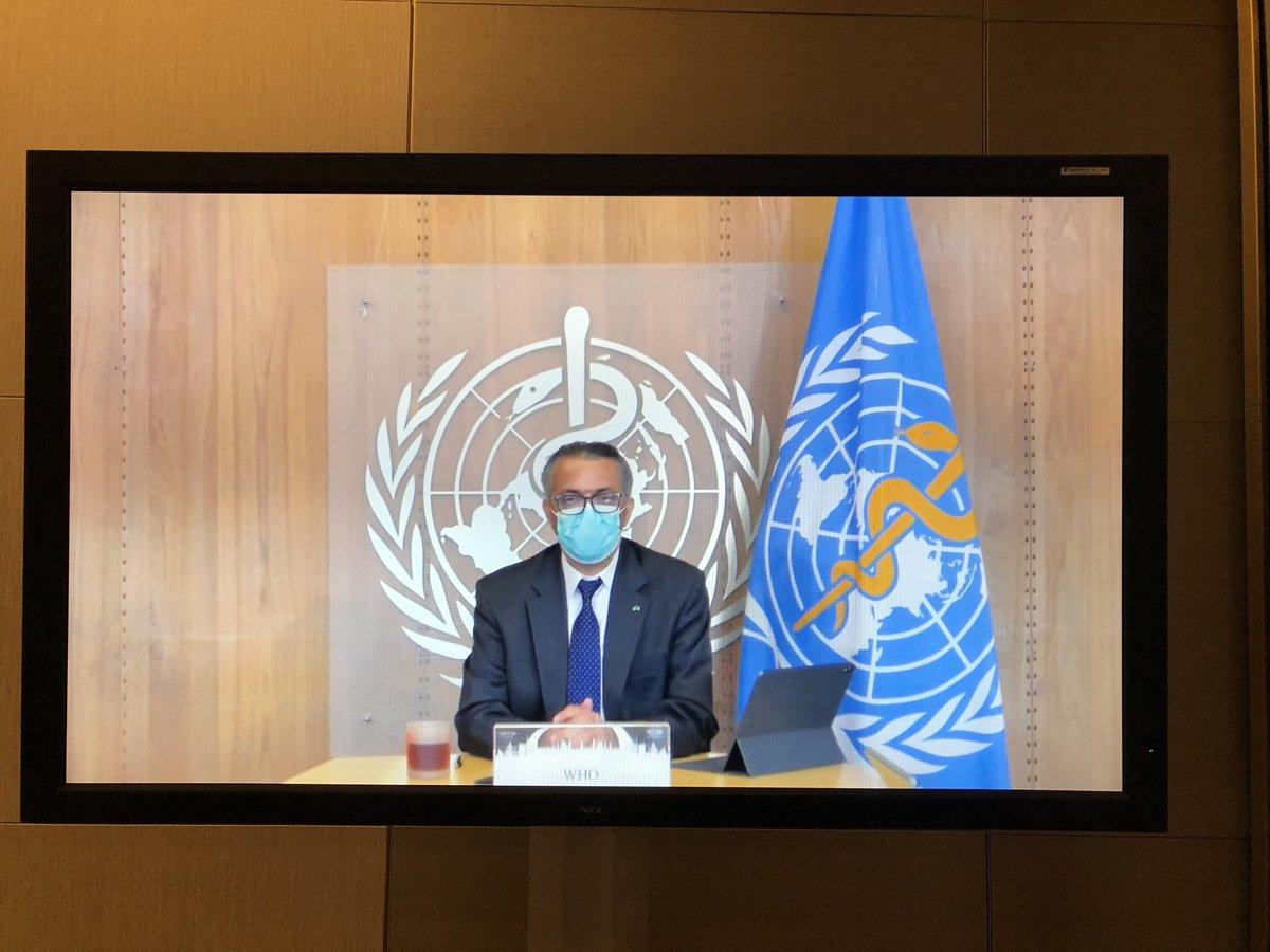 Der Generaldirektor der WHO, Dr. Tedros Adhanom Ghebreyesus, fordert auf dem Wirtschaftstag dazu auf die Hygieneregeln im Alltag einzuhalten. Es sei unser aller Aufgabe, vorbereitet und vorsichtig zu sein. #wtag2020