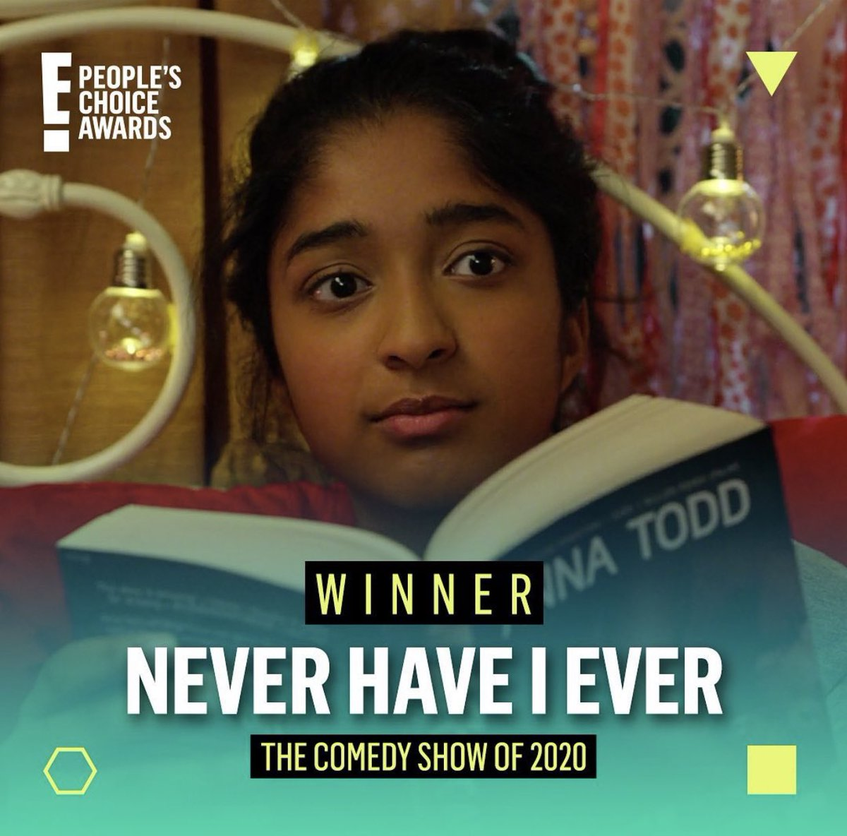 #NeverHaveIEver won @peopleschoice Comedy Show & we are so grateful! It means so much bc it's coming from the fans. Thanks to @netflix, @UniversalTV & our amazing cast & crew! Now headed to sleep so I can be go on set tomorrow for season 2!! 🎥🎉 @loulielang @neverhaveiever #PCAs