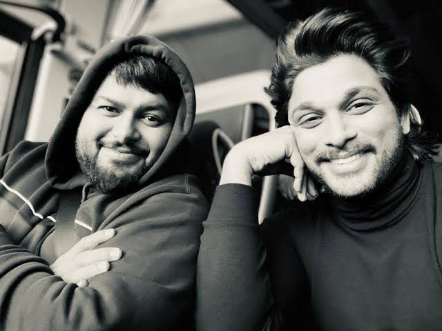 Many Happy Returns of the day to my Brother @MusicThaman . May every year be as prosperous as the last year. May to continue to spread joy to millions through your music 🎶 https://t.co/r5r8mxJ8aL