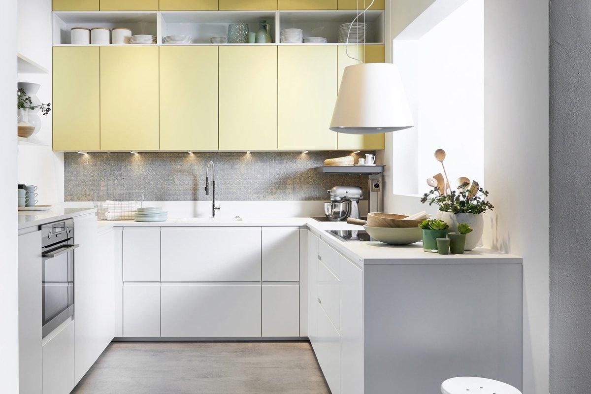 L'allié idéal de vos petits espaces. Pour optimiser une pièce étroite et maximiser les aires de rangement, les meubles s'installent du sol au pl…
