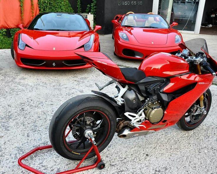 Solo puedes elegir uno de los 3... #Ducati1199Panigale Vs #FerrariF430 Vs #Ferrari458 ¿Con cuál te quedarías?   #LunesdeDinamica   📸: HérberSaraiva  #BuenosDias #BuenosDiasATodos #LunesDeGanarSeguidores #LunesDeMotivacion https://t.co/5P0xkPxJLB