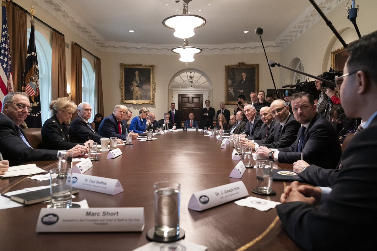 On March 2, 2020 President @realDonaldTrump & I sat down with Moderna & other top Pharmaceutical Companies & urged them to develop a vaccine at Warp Speed without cutting corners. President @realDonaldTrump marshaled the fastest vaccine development in history! That's leadership!