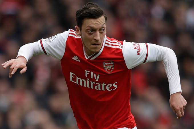 Day 475:  Hey idolo @MesutOzil1088 please follow me today .. 3 days to my birthday , can I get the present abi ? ( Plz tag him and rt)