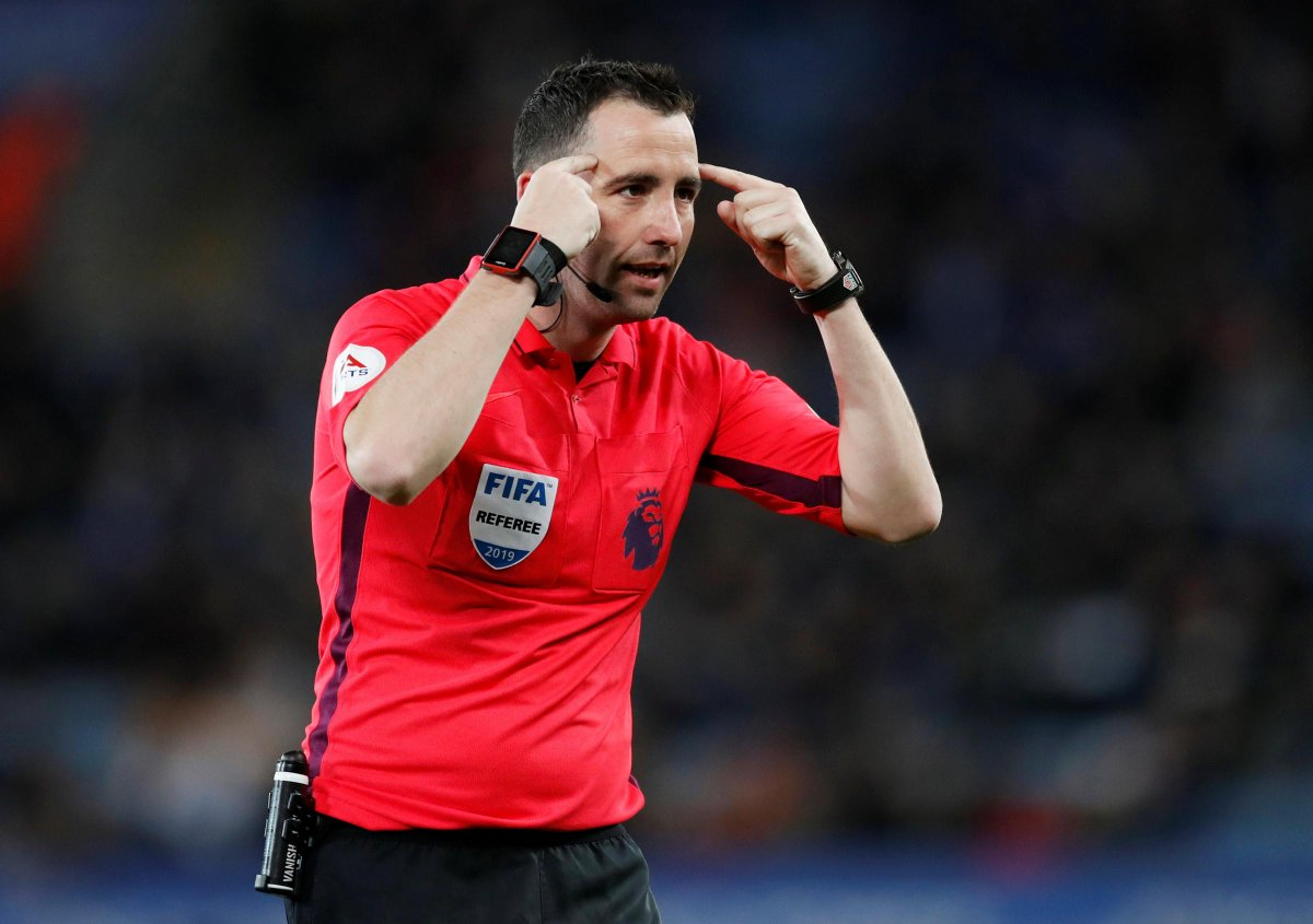 Confirmed: Chris Kavanagh is the referee for Liverpool vs Leicester City at Anfield on Sunday.  David Coote is on VAR duty. #awlfc [pl] https://t.co/ltufWZ5kvA