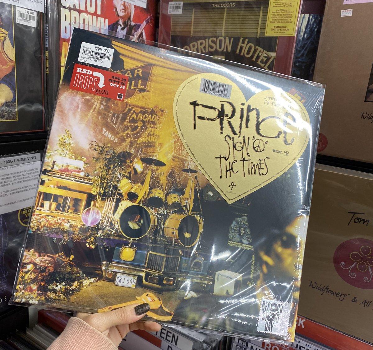 遅ればせながらの新入荷! #RSDDROPS 限定のピクチャー・ディスクが少量のみ入荷🥳  最新リマスター音源のアルバムを収録した、2LP仕様のリマスタード・エディション!  点数僅かなのでお求めはお早めにどうぞ👍  #PRINCE / SIGN'O THE TIMES (LTD.PICTURE DISC) 輸入LP 5,500円(税込)