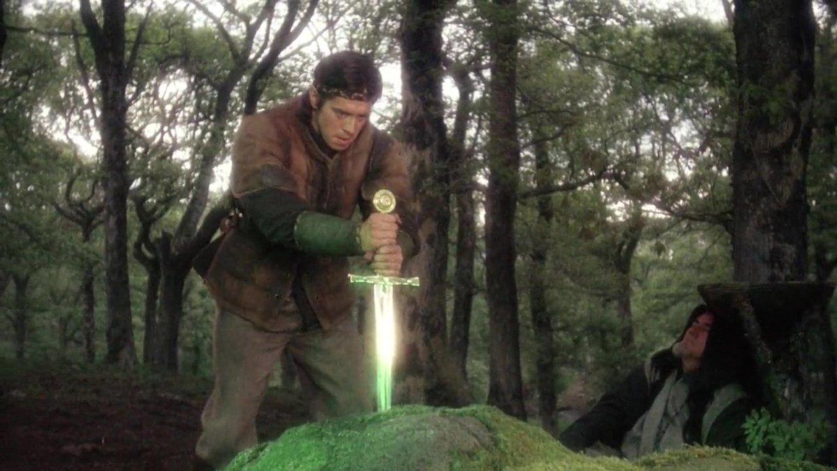 Не для всех предназначался меч Эскалибур.