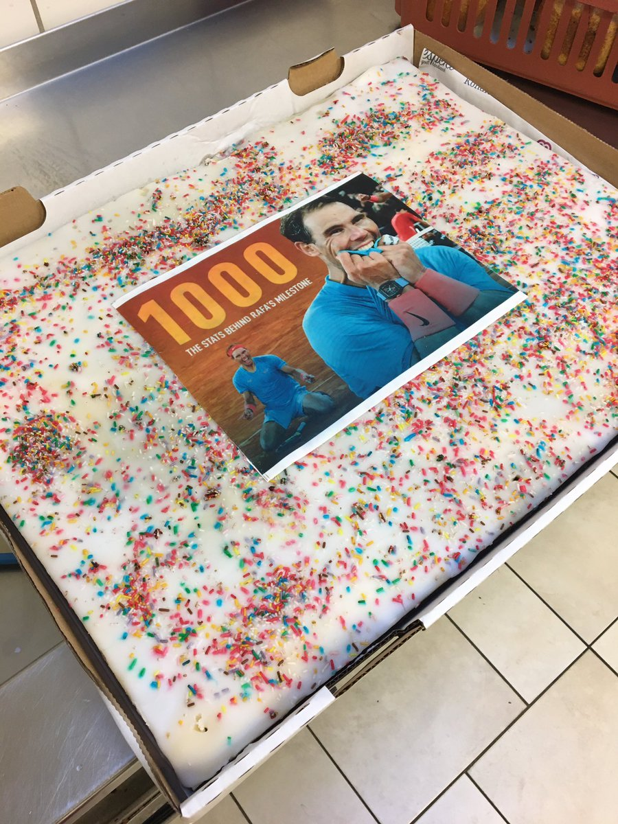 I bought a customized cake for my colleagues today. The Picture is marcipan #1000 @RafaelNadal #congratsrafa #Rafa1000 #rafa #cakeforrafa #cake