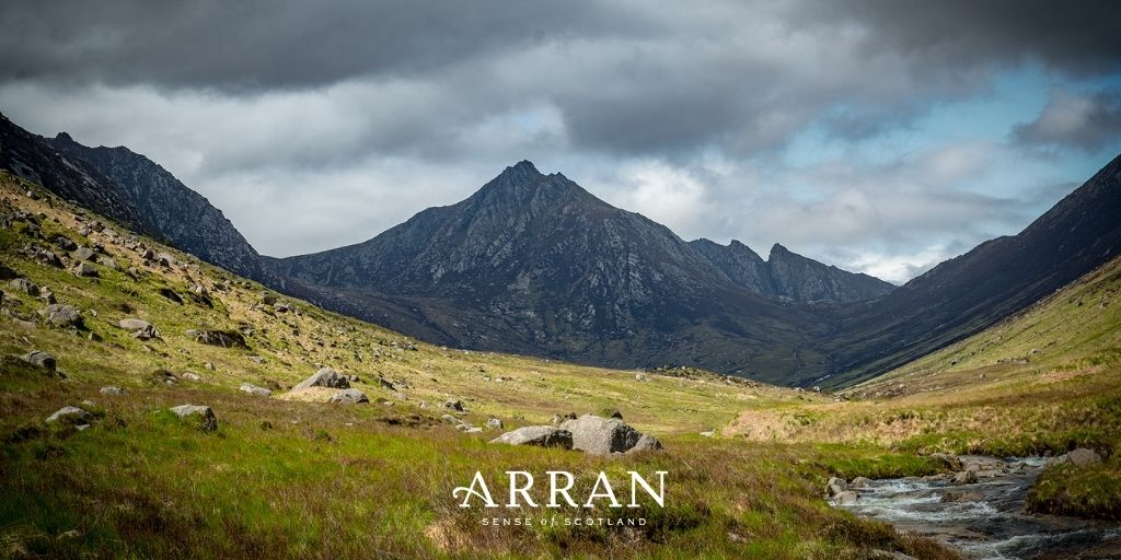 Unable to visit our island home? Here's your weekly dose of #Arran. 📸 #AtHomeWithARRAN