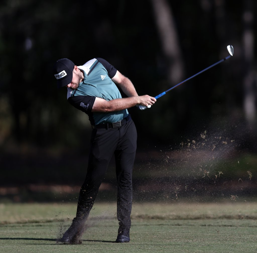 Swinging into the weekend @HouOpenGolf 🟢⚫️