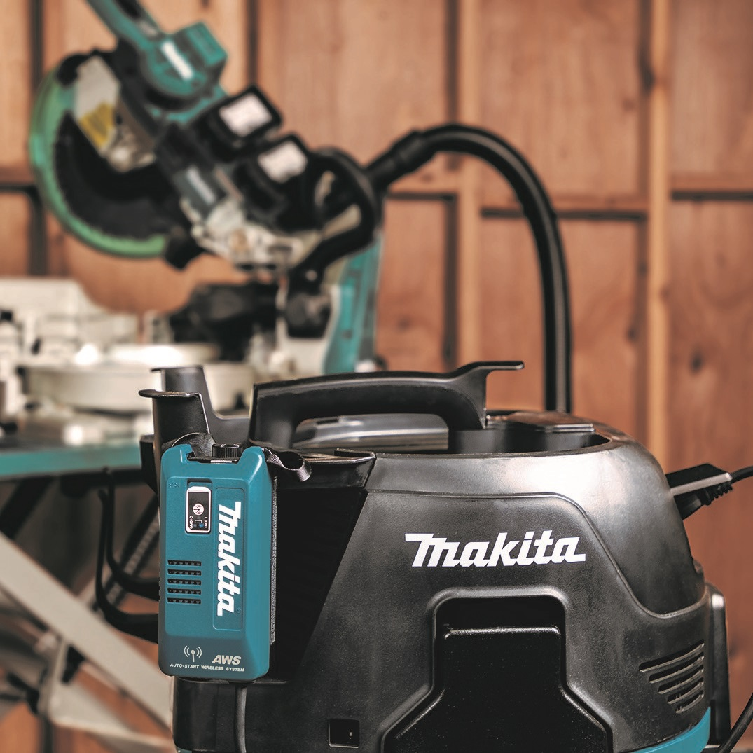 The Auto-Start Wireless Universal Adapter (WUT02U) enables wireless power on/off communication between Makita Automatic-Start Wireless System (AWS™) capable tools and any job-site AC Dust Extractors with on-board AC outlet.  #makitausa #dustextraction