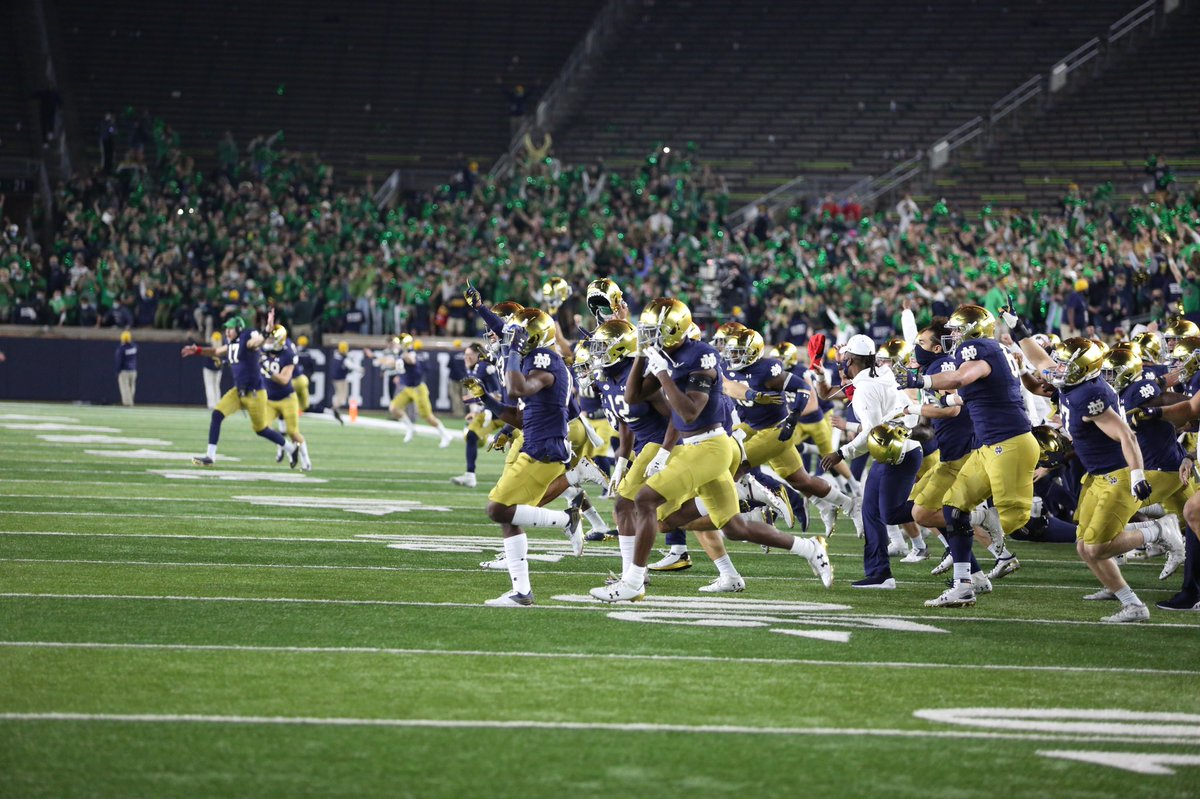 Put some respect on the ☘️ Congratulations to @NDFootball on extending the nation's longest active win streak.