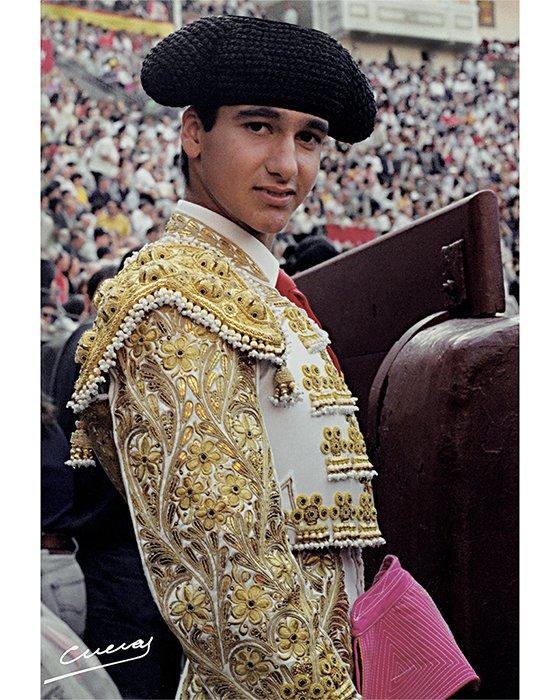 Una foto de Morante cada día - Página 3 EmSbxWRXUAAGqrX?format=jpg&name=900x900