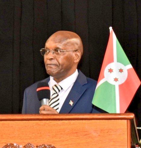 """RTNB on Twitter: """"#Burundi Le Président de @nshingamateka Daniel Gelase  Ndabirabe conseille les leaders religieux de mettre en commun leur  contribution dans la tranquilisation des esprits, leur rôle dans la société  étant"""