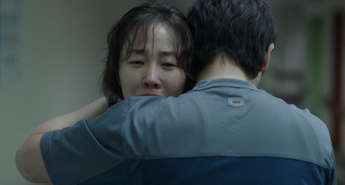 """Killy 怪物 on Twitter: """"Comment aborder un tel récit sans être maladroit. Les  mots ne me viennent, mais il faut plus que jamais voir le Hope (2013 소원) de  Lee Joon-ik. Film"""