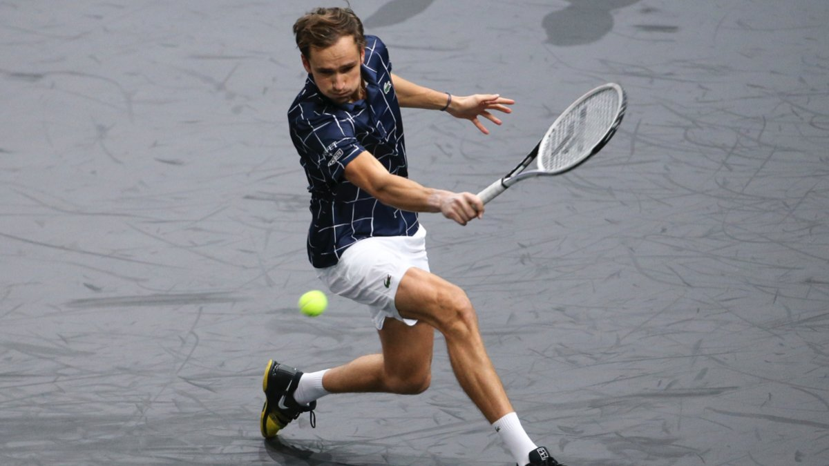 Paris may look different this year, but one thing remains the same. Tenacity.   Congrats @DaniilMedwed, champion in Paris 🇫🇷🏆  #TeamLacoste  @atptour @tecnifibre https://t.co/6HgfaRQIBf