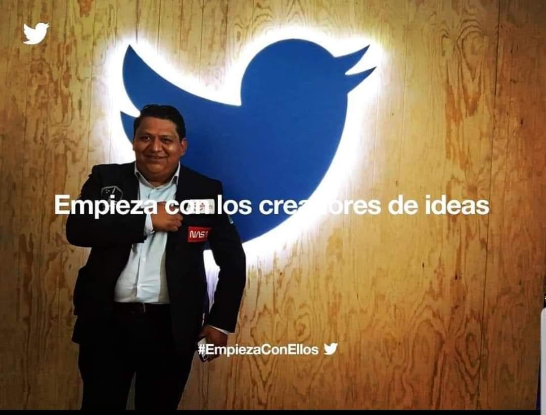 """""""Sin disculpas, se tú"""". #ElFuturoEsNuestro #originalidad #autenticos #magia #SeTú @Twitter #EmpiezaConEllos"""