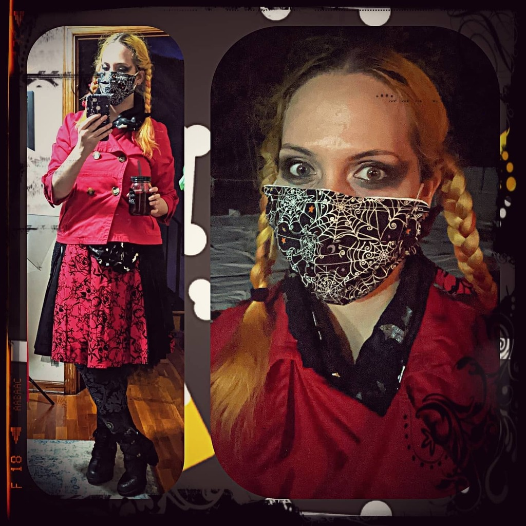 Saturday night #goingout #clubbing #outfit #latergram . . . . #ootd #outfitoftheday #partyathome #partyinmygarage #quarantineclub #dancealone #dressup #saturdaynight #goth #hotgothgf #hotgothgirl #spookygurl #maskandmakeup #eyemakeuponly #smokeyeye #halloween #everydayishall…