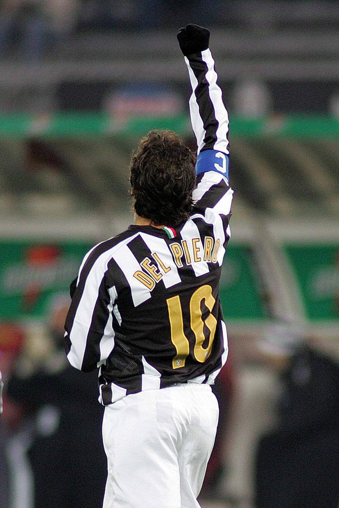 Happy birthday to the one and only. One of the icons of ⚫⚪ @juventusfcid. The legend! The true gentleman who never leaves his lady.  Il Pinturicchio, Alessandro Del Piero.  Have a wonderful birthday, Ale @delpieroale ❤!