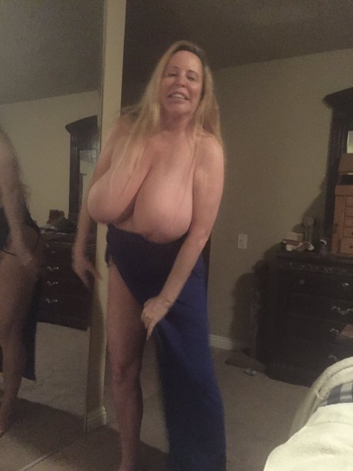 I have lowered my price to $9.99 for.  https://t.co/17hMkXIeQH Check it out now #BigTits #LasVegas https://t