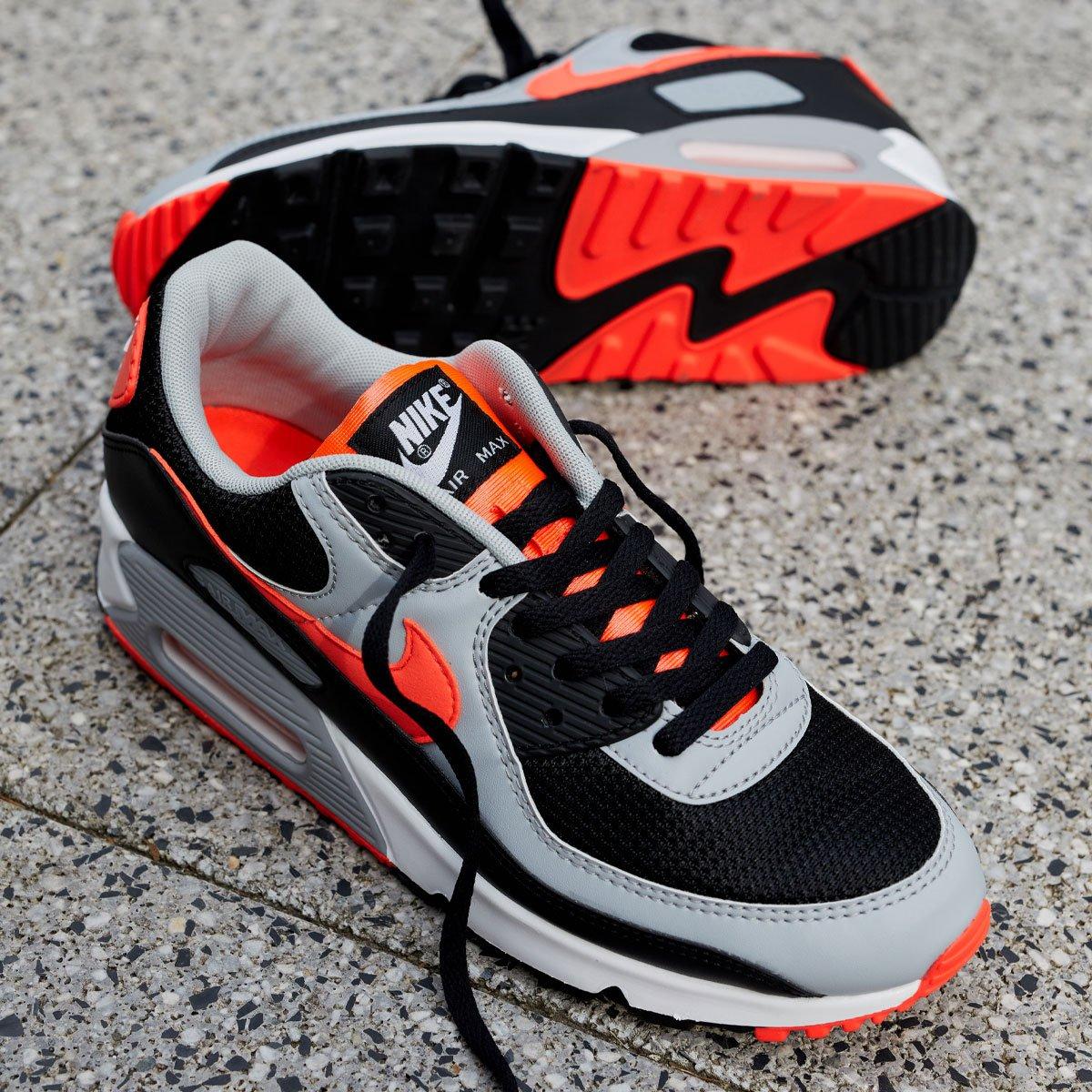 Nike Air Max 90 OG 'Black / Radiant'