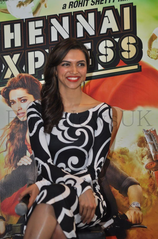 #13YearsOfDeepikaPadukone Back in London, this time with @iamsrk,  for #ChennaiExpress 😍