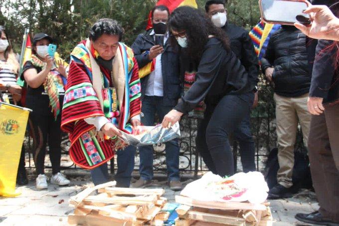 Tag bolivia en El Foro Militar de Venezuela  EmZrQ2FW8AAUG64?format=jpg&name=small