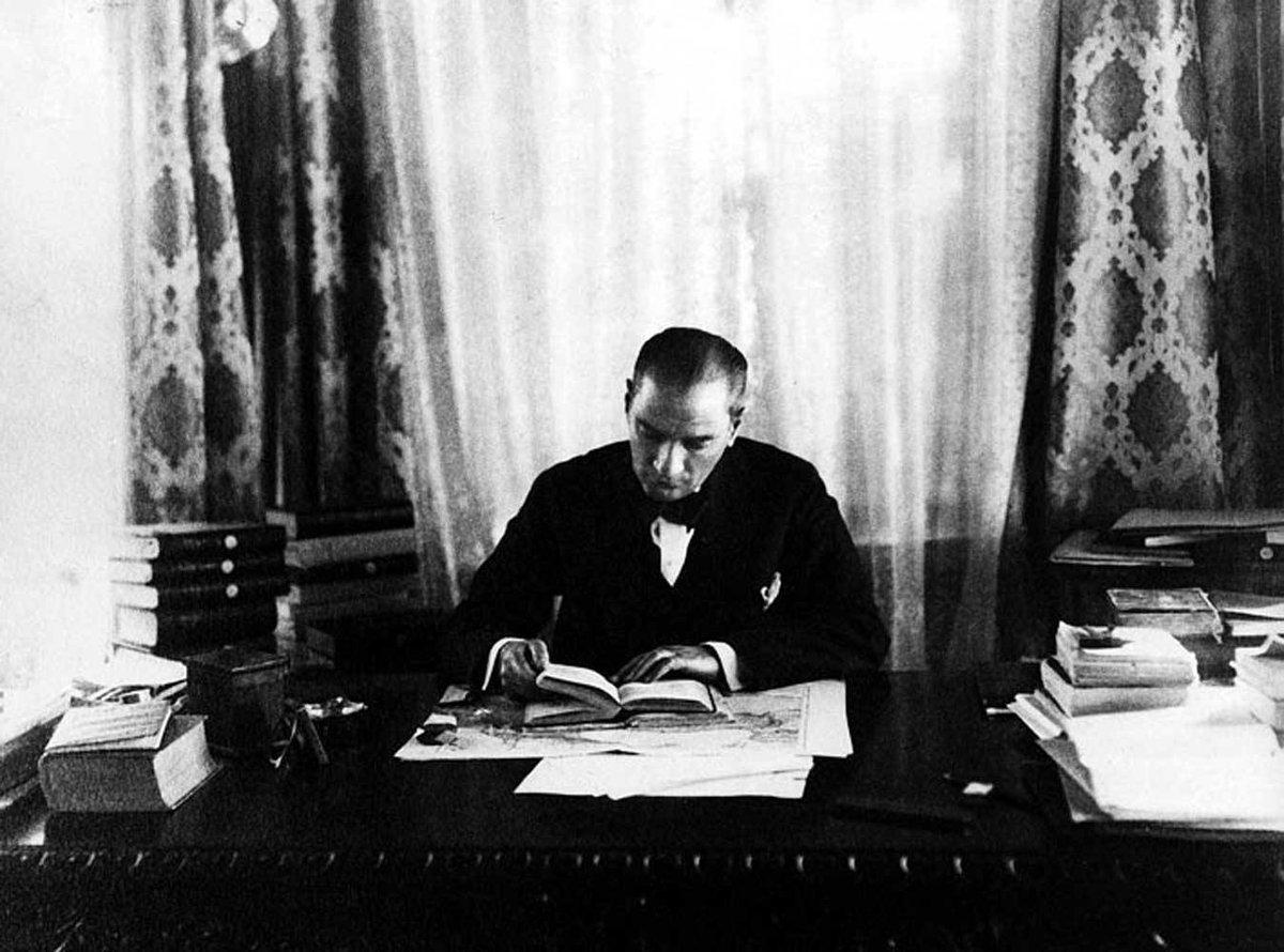 Büyük önder Mustafa Kemal Atatürk'ü saygı, sevgi ve özlemle anıyoruz.