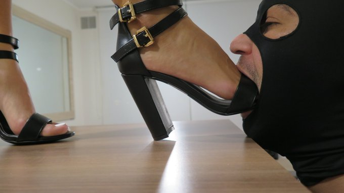 1 pic. Yes... he is my boyfriend. And I'm in charge here !  #footdom #footfetish #highheels #mistressenola