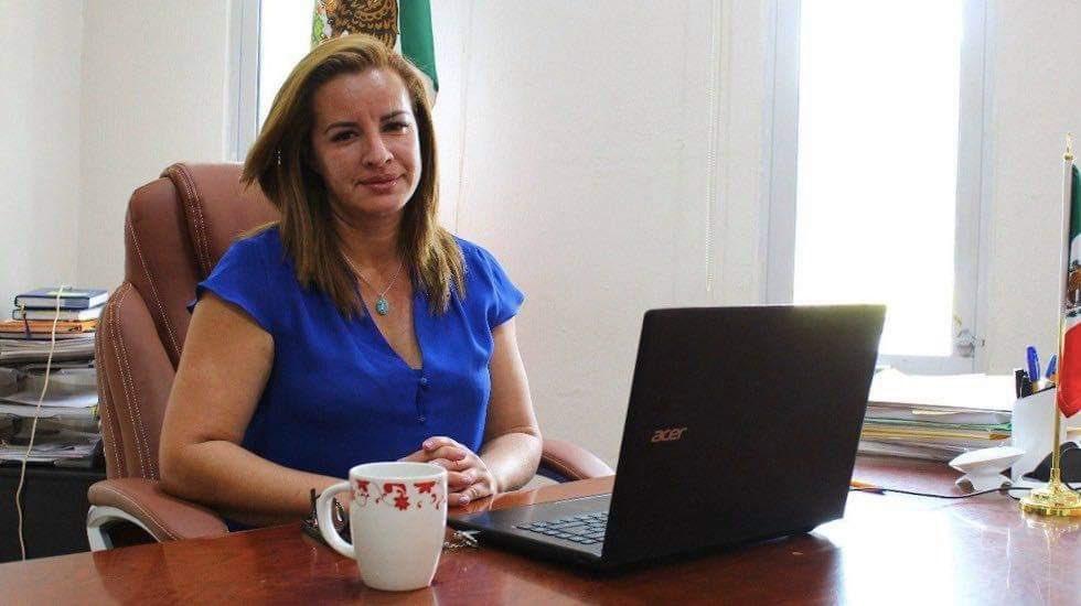 #MéxicoMerecePaz 🇲🇽 Conoce a Florisel Ríos Delfín, presidenta municipal de Jamapa, #Veracruz. Fue asesinada tras haber sido secuestrada.  #YaBasta ✋ https://t.co/e1ZHGbGy67
