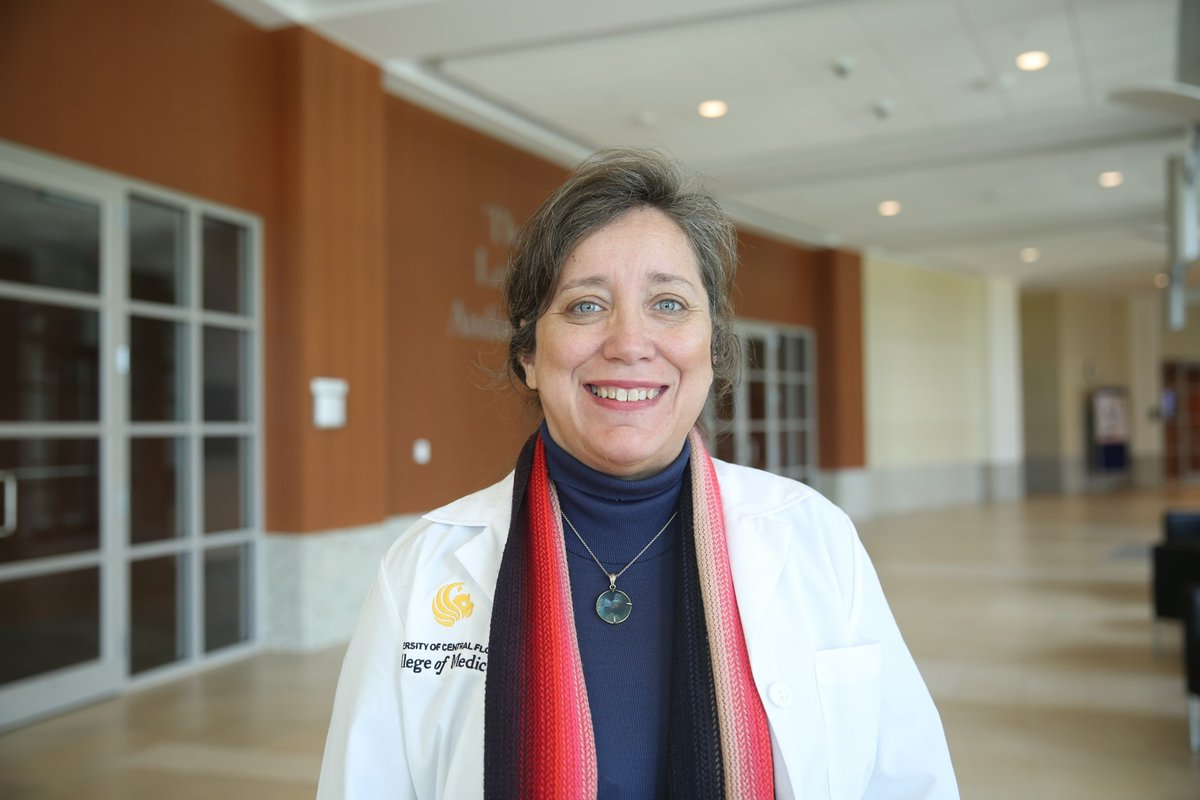 Dr. Luciana Garbayo will be an invited speaker for the Florida Bioethics Network Annual Bioethics Conference this Friday, November 13th! She will be a speaker in the panel: Pandemic Resource Allocation: Ventilators, Therapeutics, and Vaccines. https://t.co/807wRUKKX0