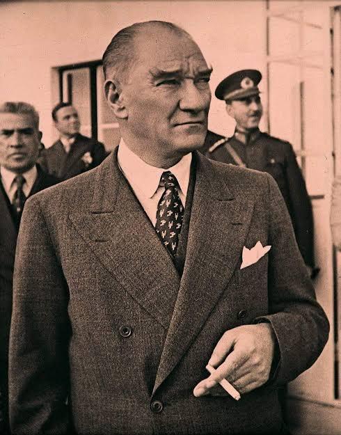 Mekanın Cennet Olsun,Büyük Türk, Atatürk. Ne Mutlu ,Vatanını, Miletini Cumhuriyetini Sevene. #10kasım 🇹🇷