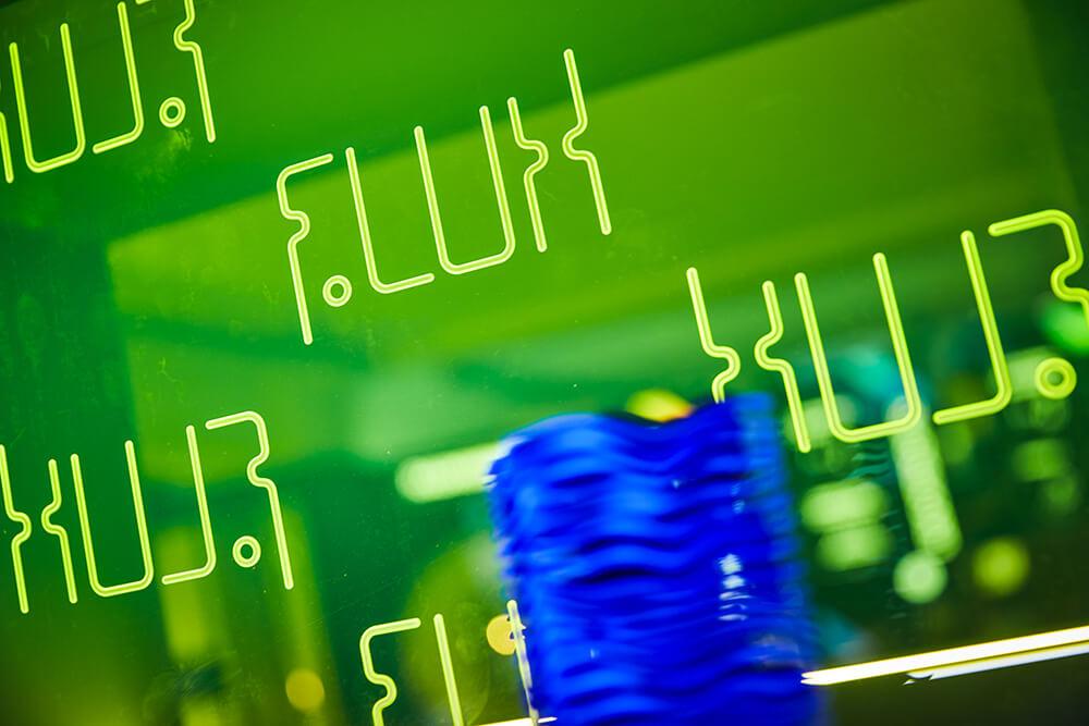 """Das <a class=\""""link-mention\"""" href=\""""http://twitter.com/flux_nrw\"""" target=\""""_blank\"""">@flux_nrw</a> ist nun #Mitglied im #Bundesverband der #Schülerlabore <a class=\""""link-mention\"""" href=\""""http://twitter.com/LernortLabor\"""" target=\""""_blank\"""">@LernortLabor</a> 🥳🧑🔬🧑🏫🧑💻 #Mint #Labor #Schule #Zukunft #Arnsberg <a href=\""""https://t.co/uz3KVFDAlV\"""" class=\""""link-tweet\"""" target=\""""_blank\"""">https://t.co/uz3KVFDAlV</a>"""