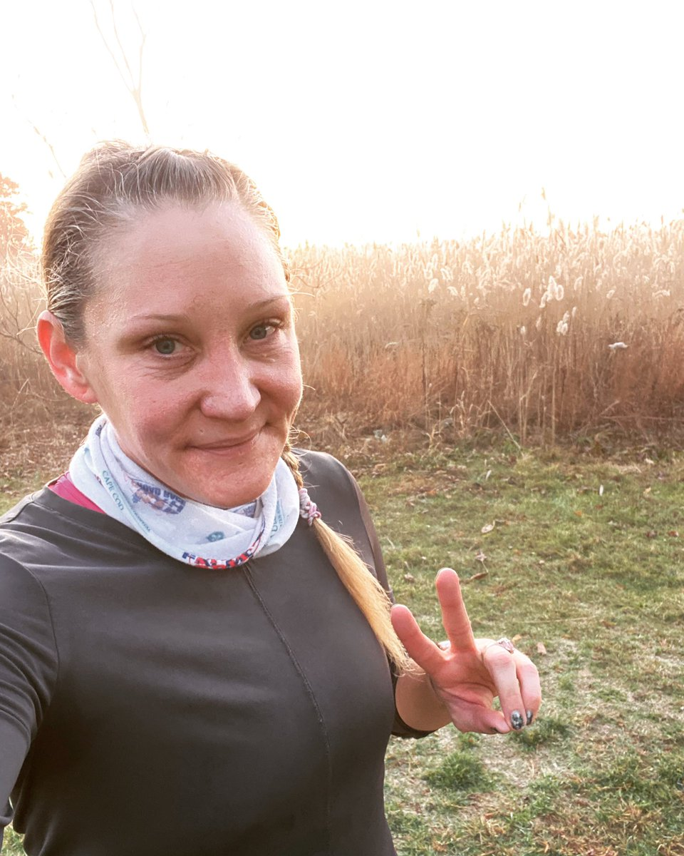 Good morning from the #neponsettrail. My first run as an @RRCAnational certified run coach. So excited to have this gift to share with the community. More to come! #coachStef #keepwashingyourhands #andwearingamask