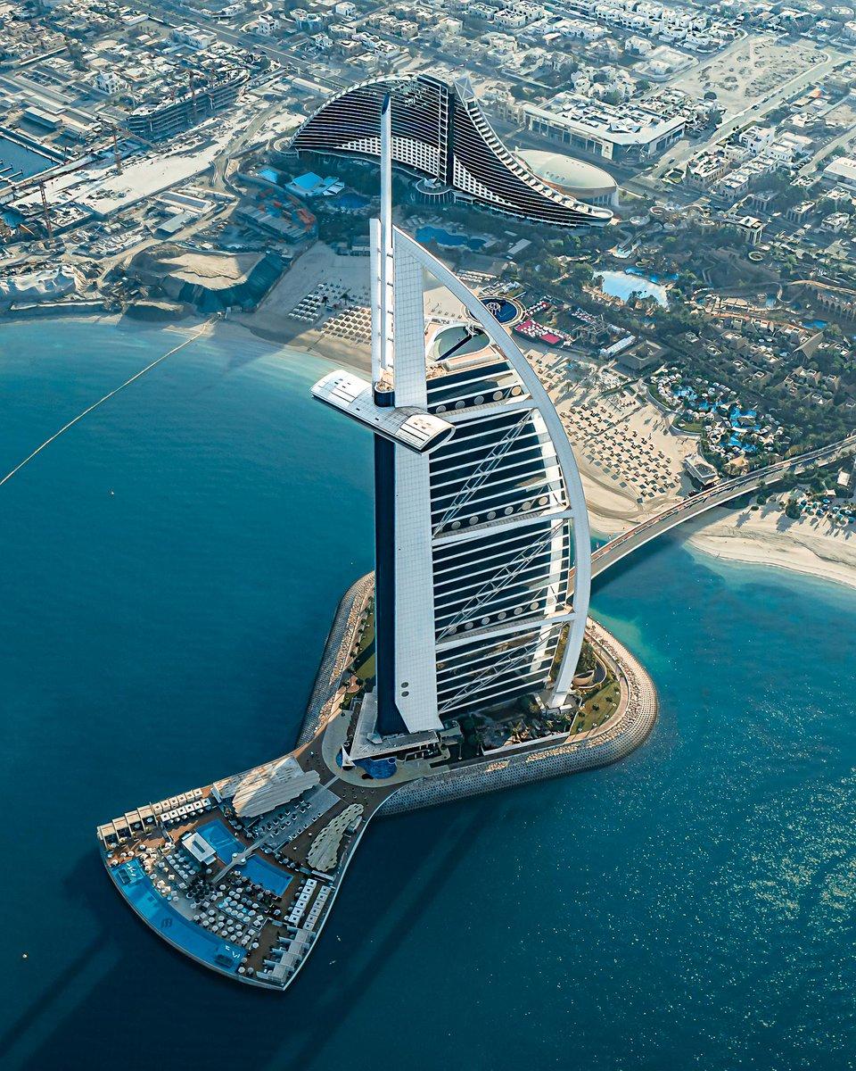 There are destinations and then there's Dubai.  #MyDubai @visitdubai  © Bishoy Adly