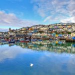 Image for the Tweet beginning: Brixham harbour (and Fisherman's Loft😍)