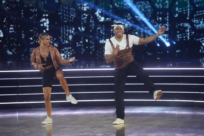 Nelly has been having so much fun on Dancing With The Stars, look at him 🥺😭😍 ST. LOUIS LOVES YOU!!!  @DKaragach @Nelly_Mo