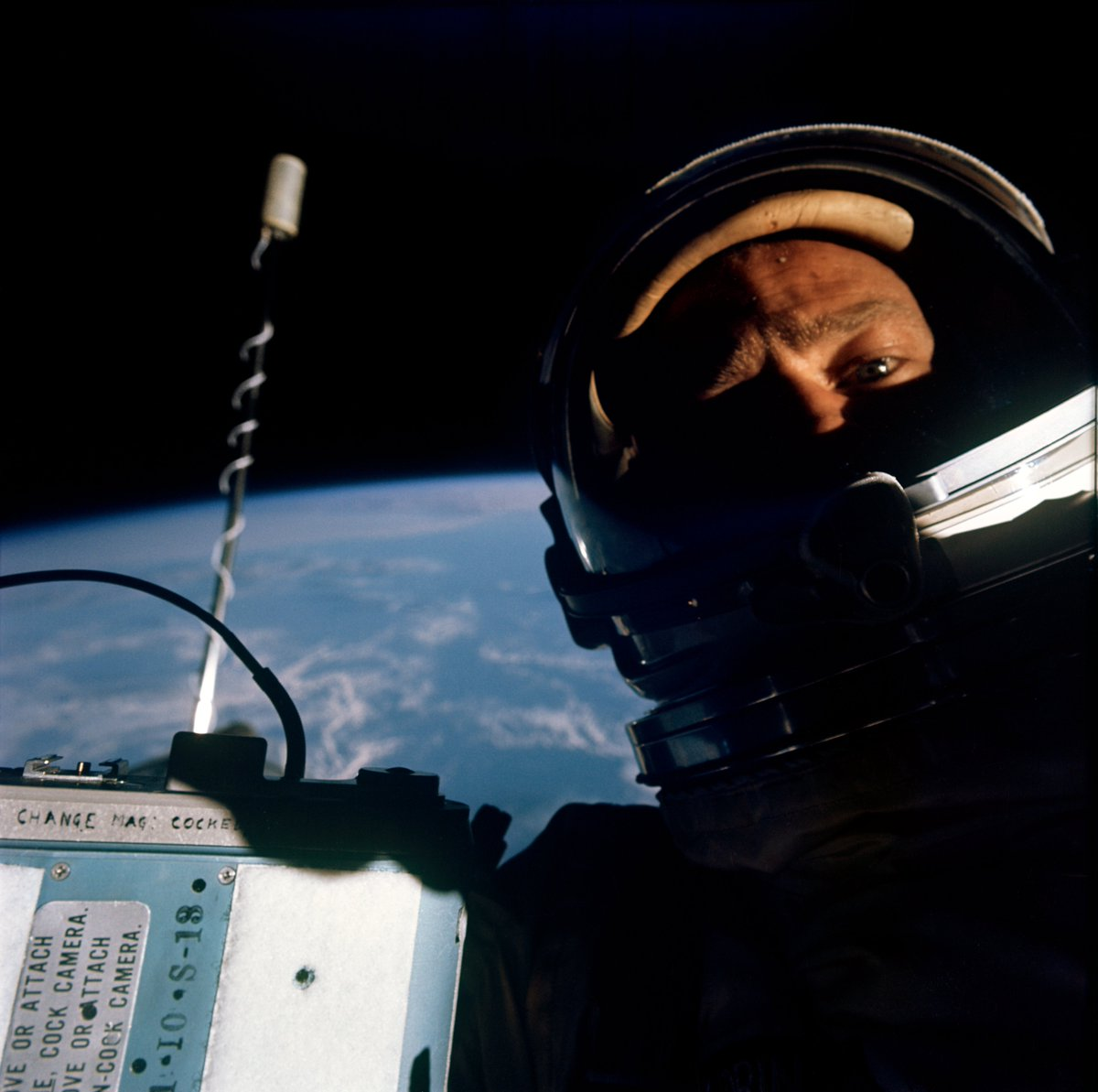 Replying to @UberFacts: The first selfie ever taken in space.  📸: Buzz Aldrin — Nov. 12, 1966