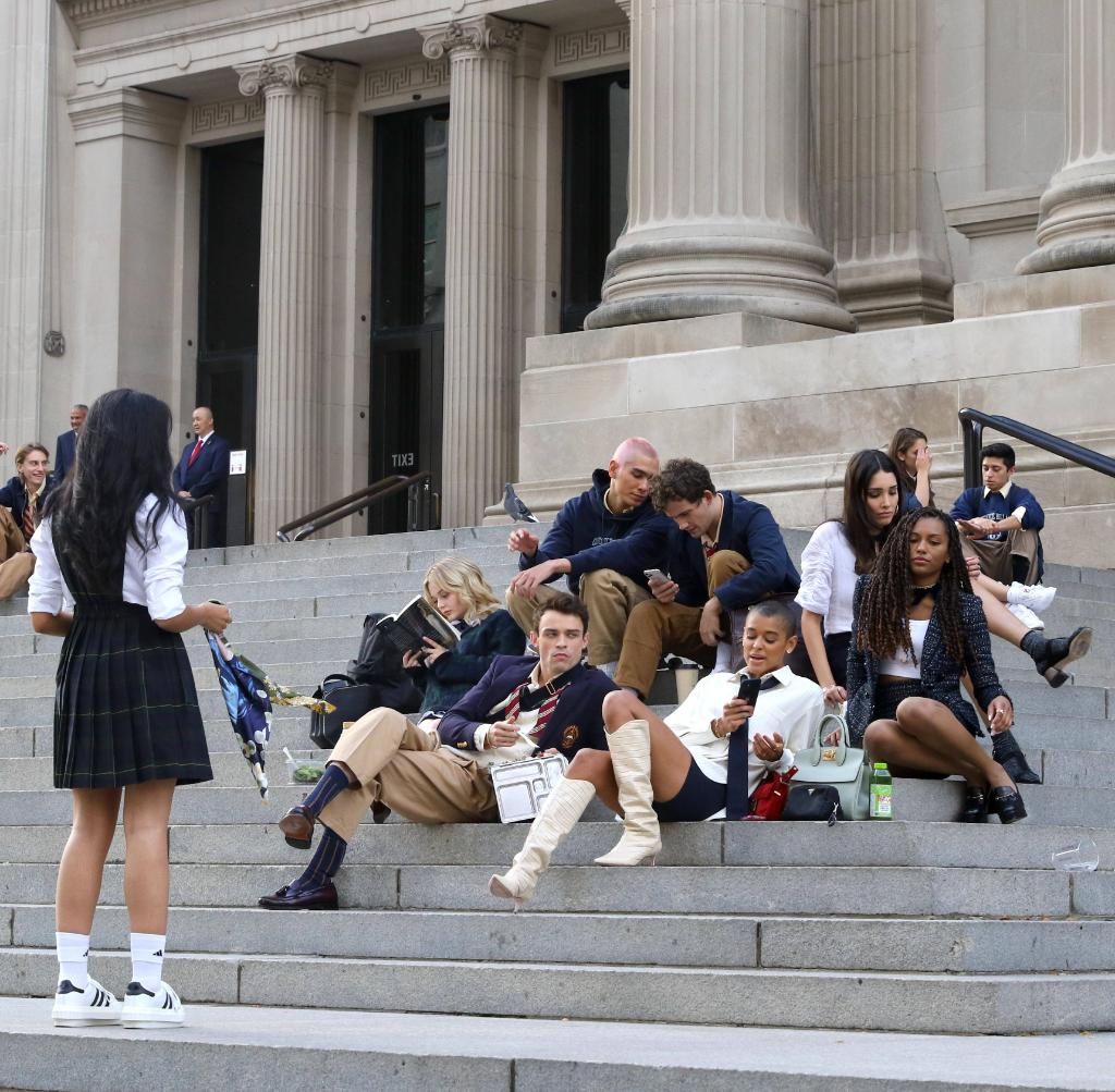 the gossip girl cast is back on the steps of the met nature is healing