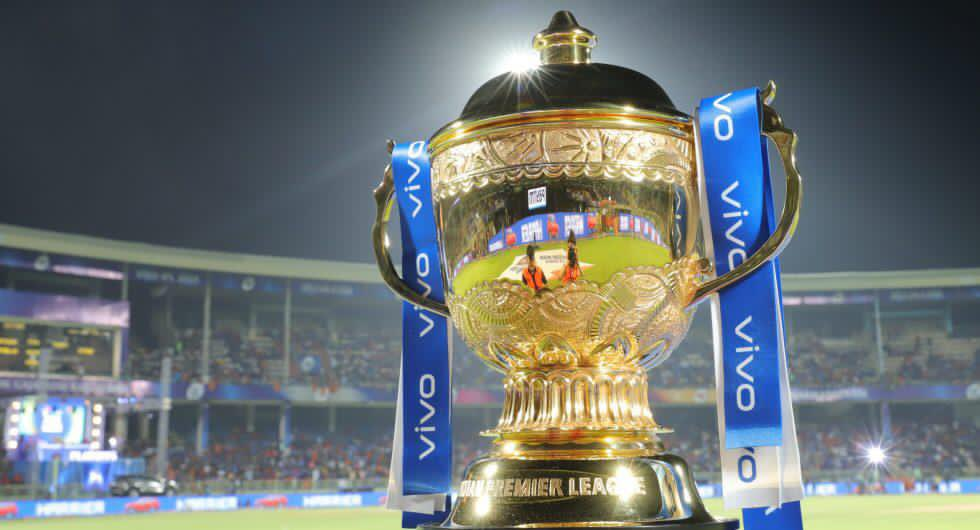 Another IPL, another trophy 🏆 Congratulations @mipaltan & well done done @MahelaJay 👏🏻 Three titles in the last four editions speaks volumes about the coach! Credit must go to @BCCI & @IPL for going ahead with #IPL2020 & UAE for hosting the tournament despite #Covid_19 pandemic!